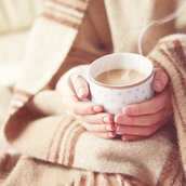 Cup of coffee in the hands of girl wallpaper